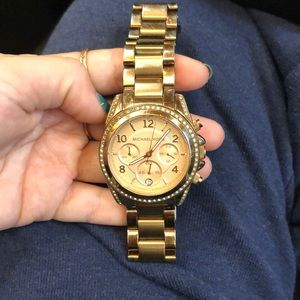 Michael Kors Watch rose gold - hardly ever worn!